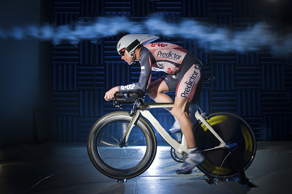 Cadel Evans testing in the Monash university Wind Tunnel